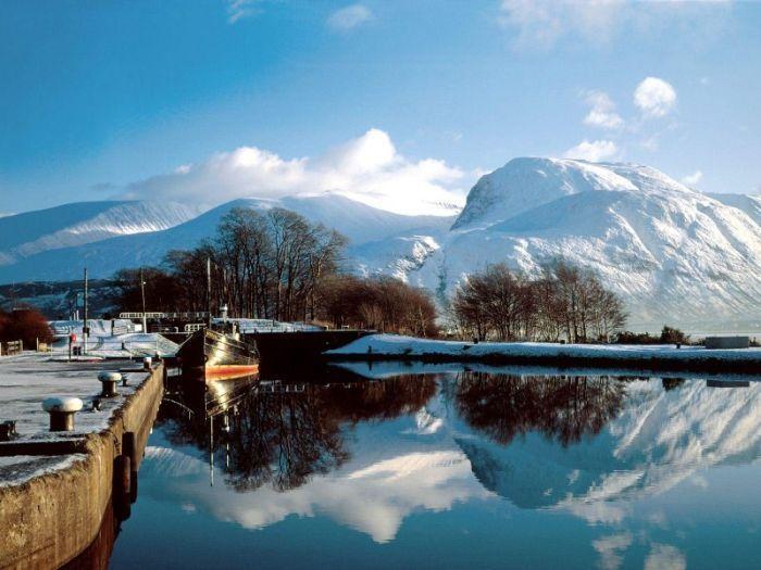 Кристально чистые горные озера (19 Фото)