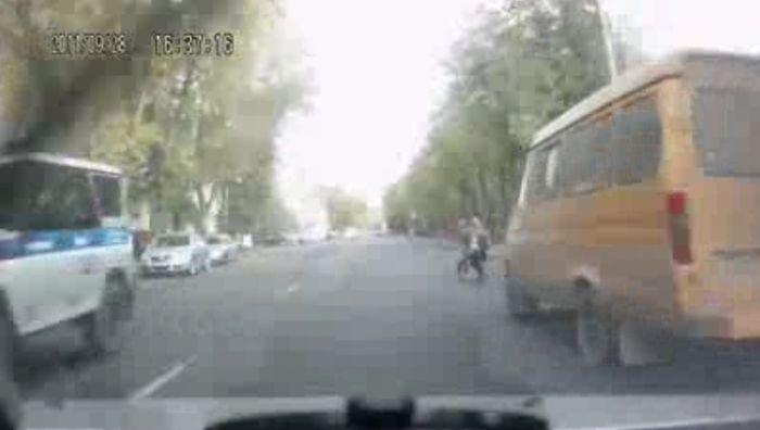 Авария дня часть 522 (фото+видео)