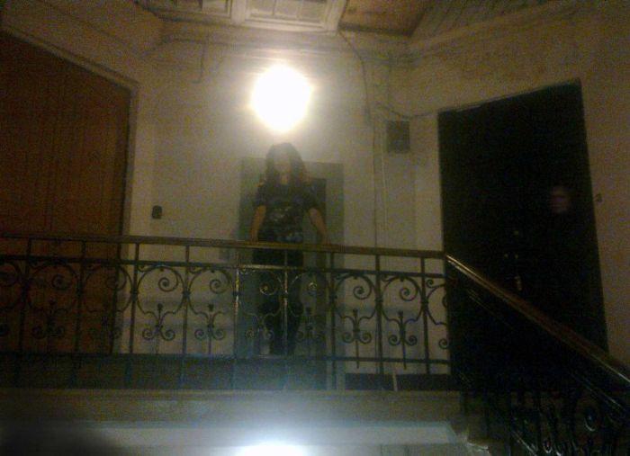 Призрак Гурченко (3 фото)