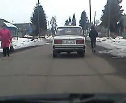 Раздолбанный учебный автомобиль
