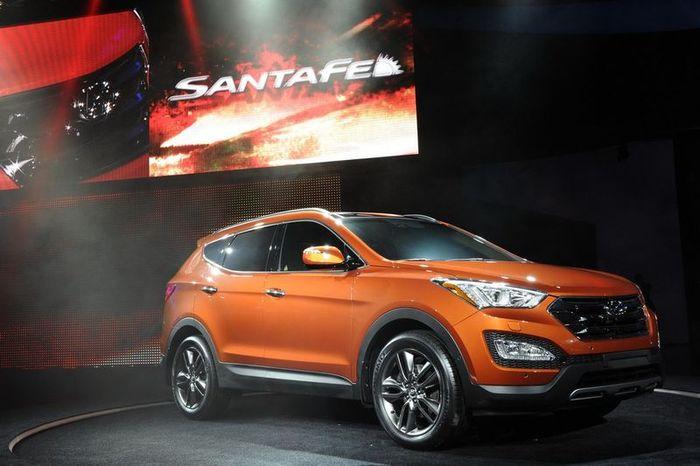 Компания Hyundai представила новый Santa Fe (54 фото)