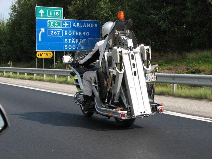 Мобильный мото-авто-эвакуатор (11 фото)