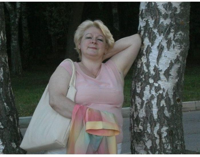Анкеты взрослых дам с сайта знакомств (18 фото)