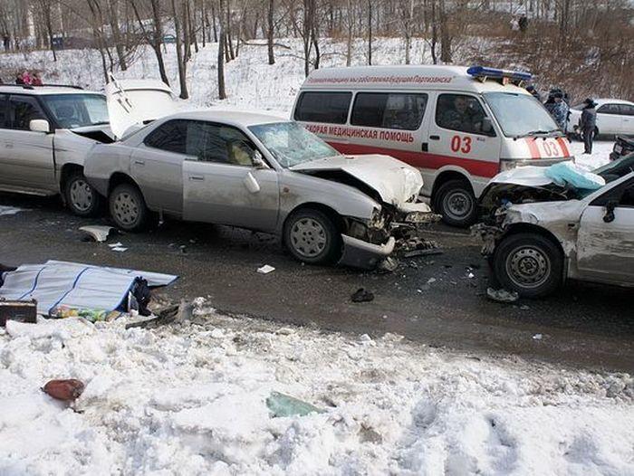 Инспектор ДПС пожертвовал жизнью ради спасения врача скорой помощи (2 фото+текст)
