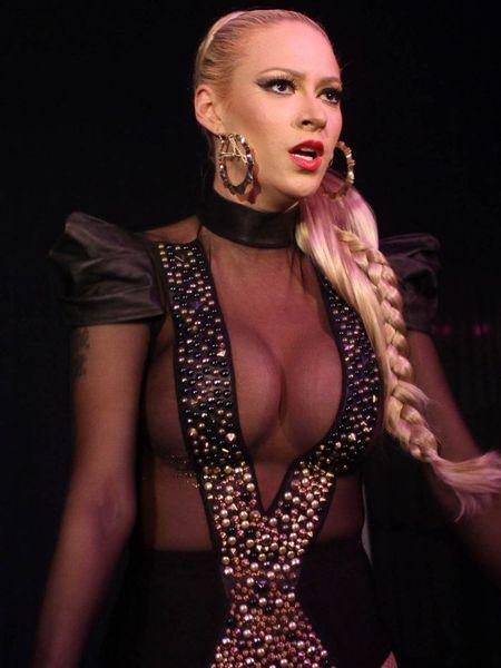 Бывшая участница группы Pussycat Doll (7 Фото)