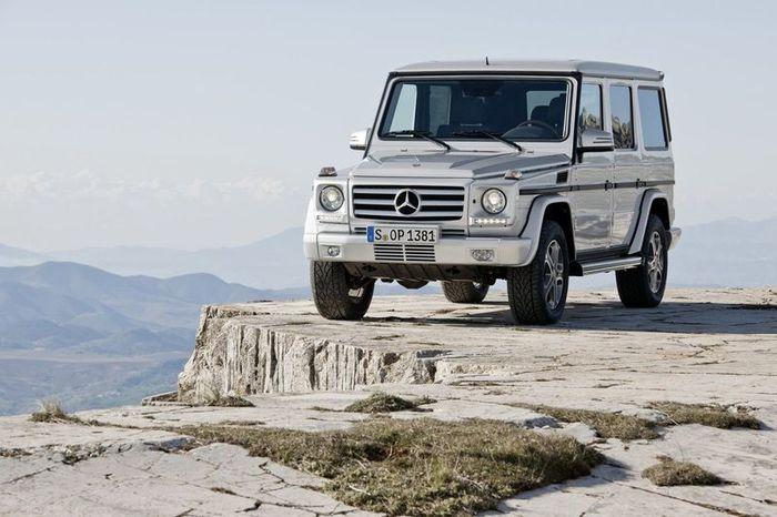 Компания Mercedes-Benz обновила легендарный G-Class (25 фото)