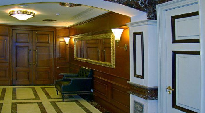 Исторический туалет в ГУМе (10 фото)