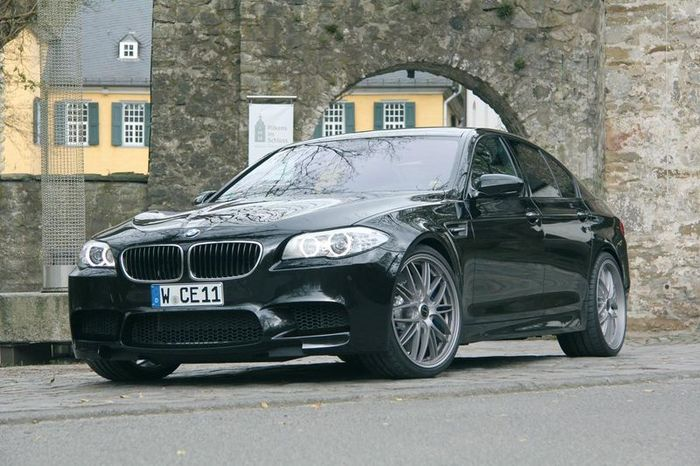 Тюнинг ателье Manhart прокачало BMW M5 (7 фото)