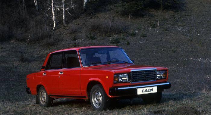 Завершается производство Lada 2107 (текст)