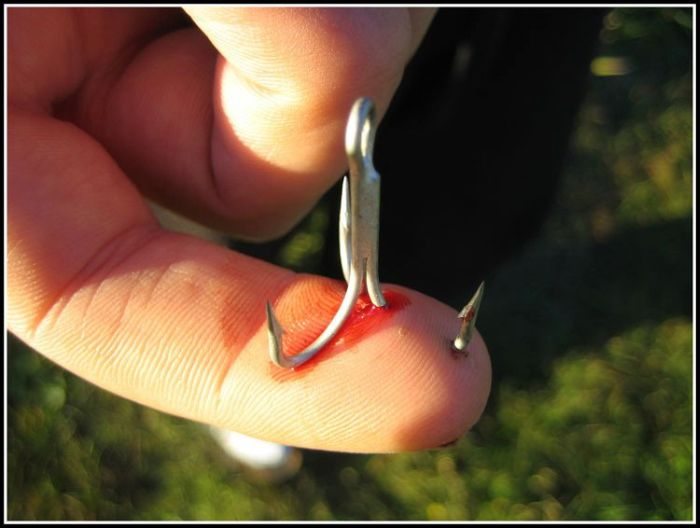 Порча на крючок рыболовный