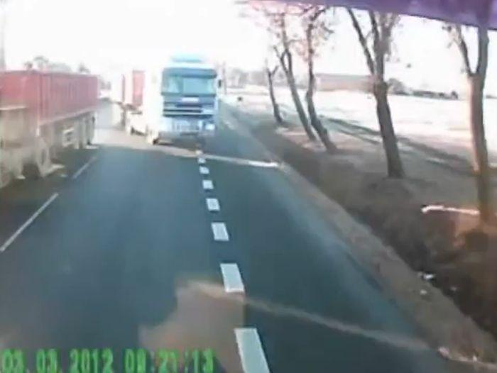 Авария дня часть 543 (фото+видео)