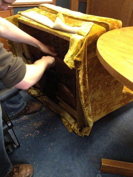 Офисное кресло своими руками (3 фото)