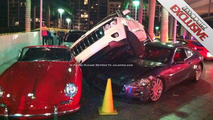 Кто виноват в этой аварии в Майами? (3 фото+видео)