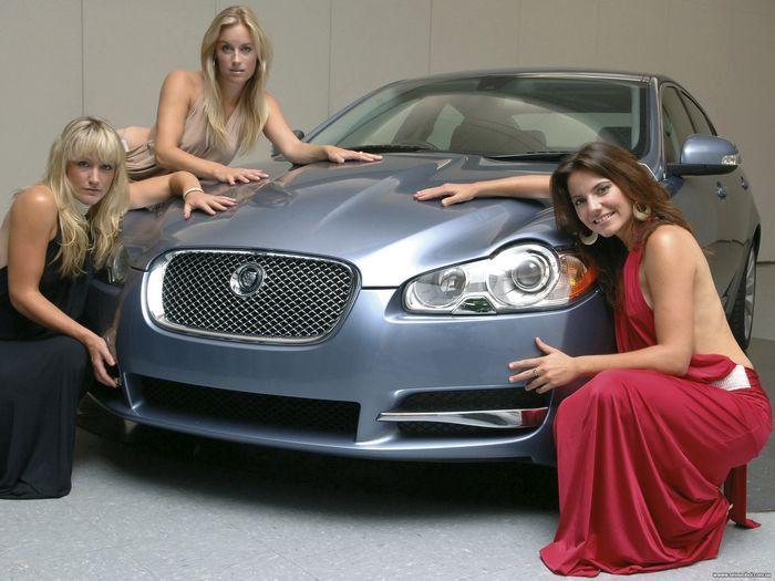 Лучшие автомобили для женщин 2012 года (6 фото)