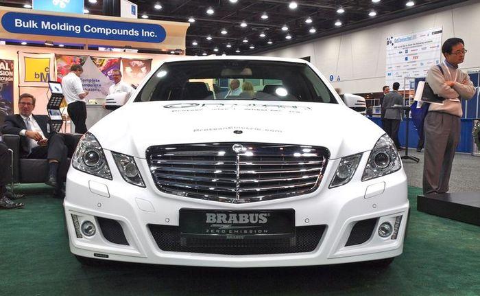 Гибридный Mercedes-Benz E-Class от ателье Brabus (9 фото+видео)