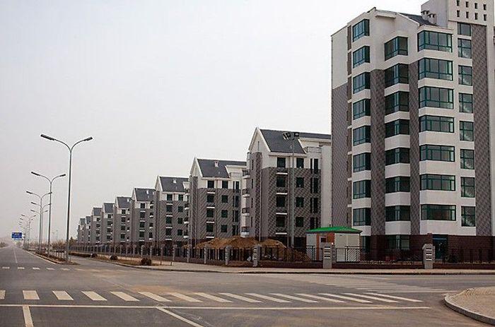 Загадка китайских городов-призраков (12 фото)