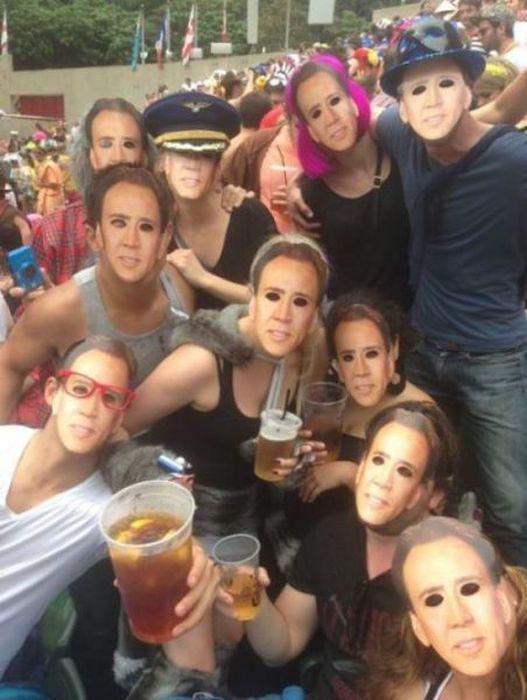 Бесплатно фото групповое фото, маски, прикол