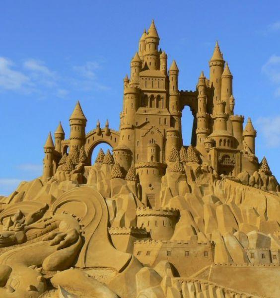 Фотоприкол дисней, замок, из песка, круто