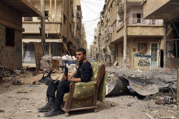 Фотожесть боевик, разруха, сирия, солдат