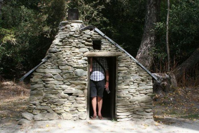 Фото прикол домик, маленький, миниатюрный