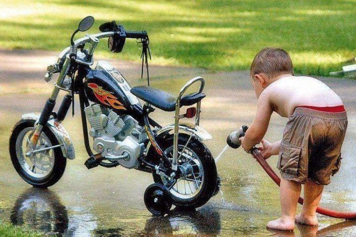 Фотожесть байк, велосипед, малыш