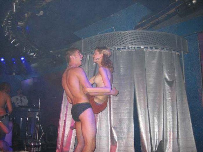 Фото с секс-вечеринки в Омске проверят искусствоведы ФОТО