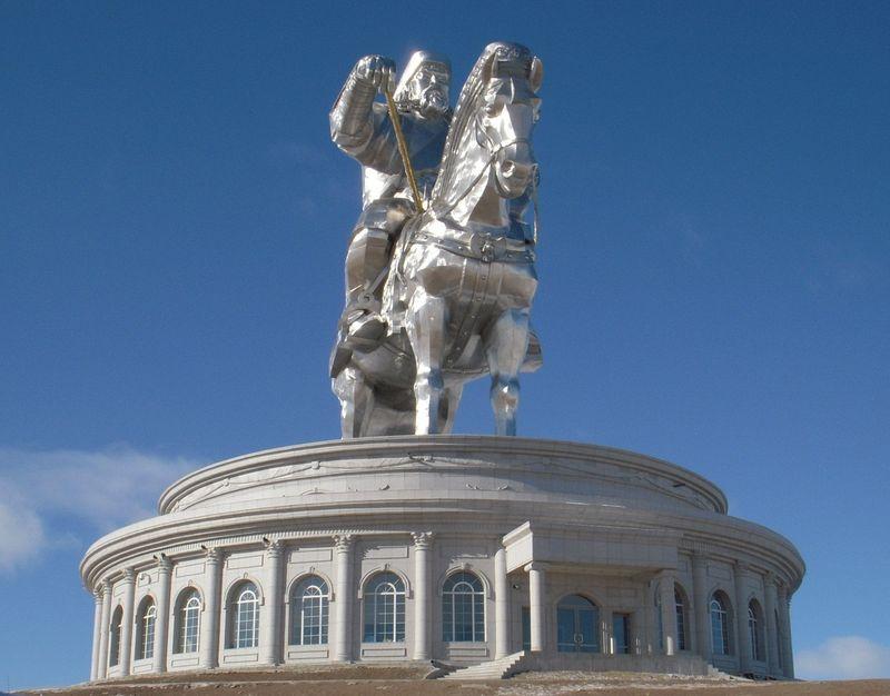 Улан-Батор, Монголия. Продажа игровых автоматов