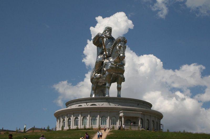 чингизхан, монголия, статуя