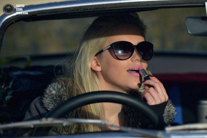 Авто девушка за рулем приколы