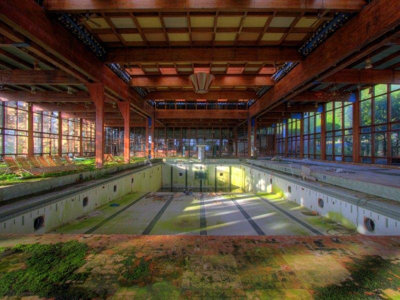 Смешные рисунки бассейн, заброшенное, интерьер, красивое здание