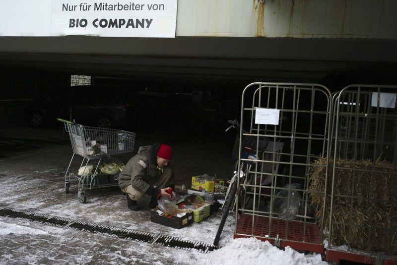 семья, контейнер, мусор, еда, продукты