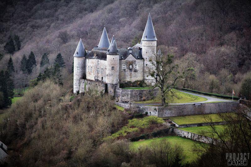 castillo abandonado en venta