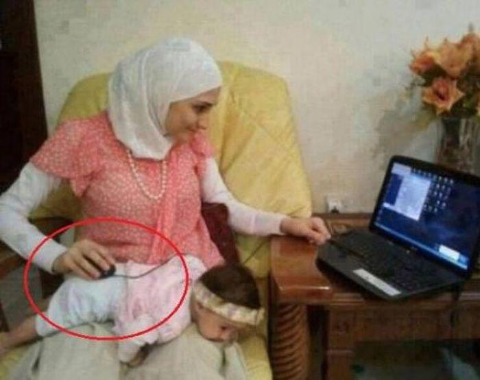 Шикарное фото компьютер, мусульманка, ребенок