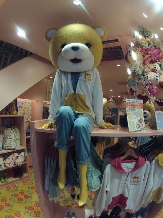 Юмор игрушка, манекен, медведь