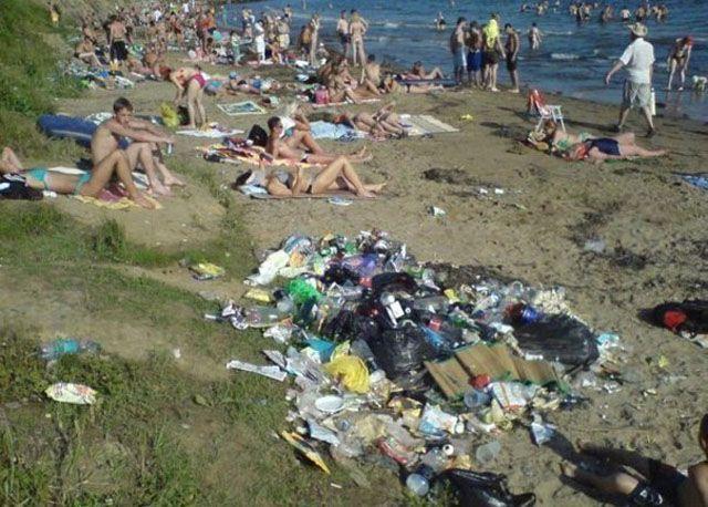Фотоприкол онлайн бесплатно грязно, жесть, мусорка, пляж