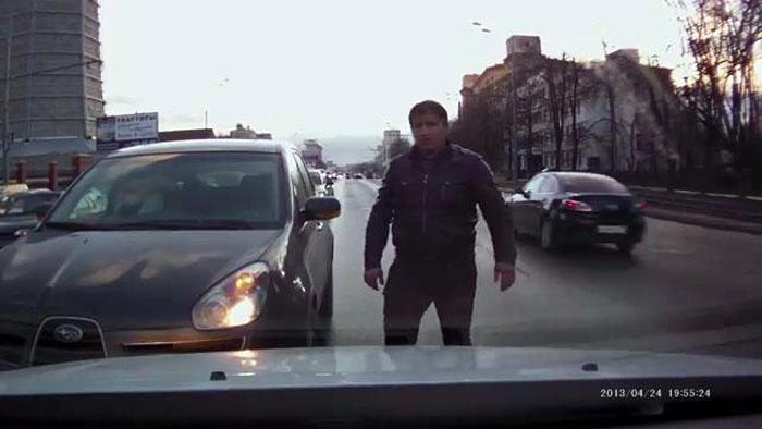 авто, на встречной полосе, конфликт