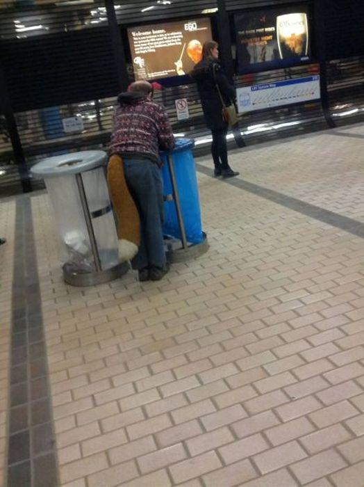 Новые фото аэропорт, одежда, прикол, хвост