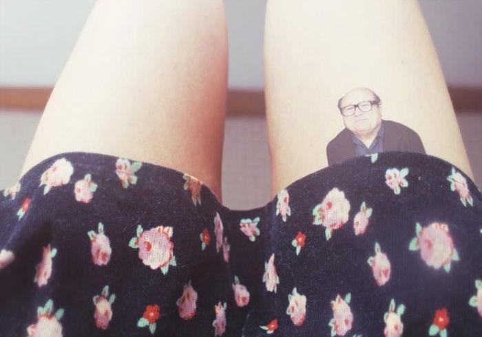 Фото онлайн де вито, ножки, татуировка, юбка