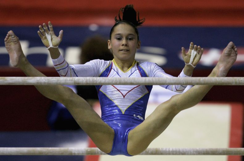 woman-doing-splits-cameltoe-adalt-xxx-punjabi-girls