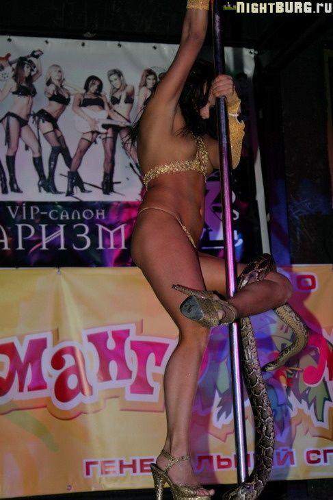 zhenshin-video-konkursa-striptizersh-ebet