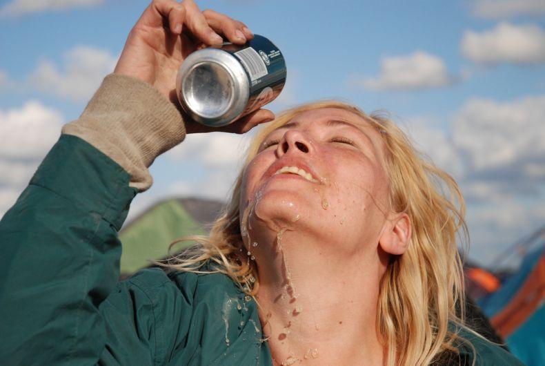 Покажу грудь за пиво (9 фото)