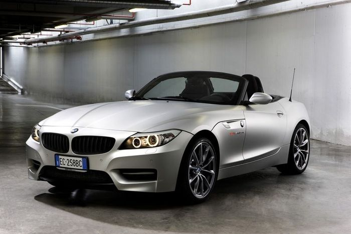 Эксклюзивная  BMW Z4 Limited Edition Mille Miglia (9 фото)