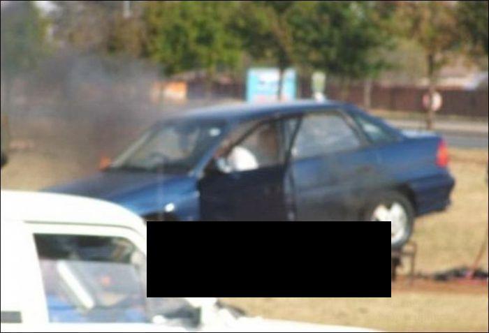 Не очень удачный ремонт авто (4 фото)