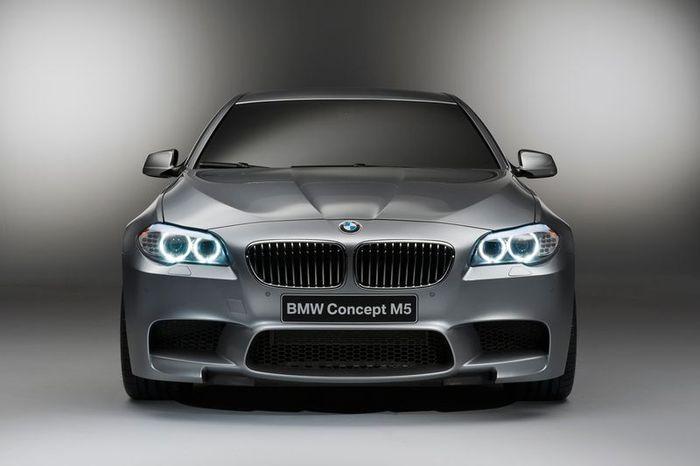 Компания BMW представила новый концепт M5 (19 фото)