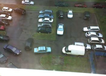 ТП перегородила парковку!