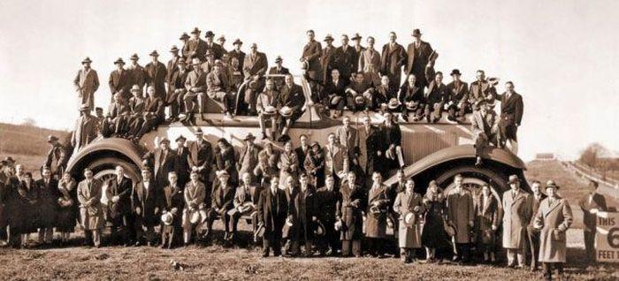 Самый большой авто от братьев Клемента и Генри Студебекер (10 фото)