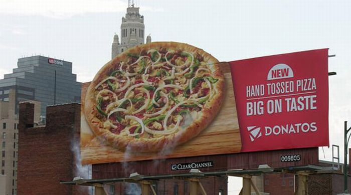 Donatos Pizza: Steaming Pizza
