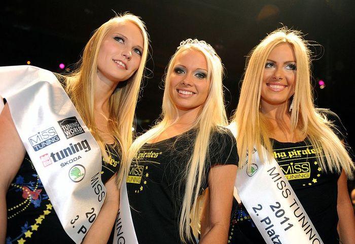 Подведены итоги конкурса Мисс-Тюнинг 2011 (21 фото+видео)