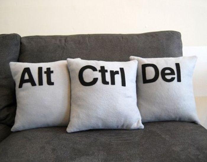Диванные подушки, прикольные подушки