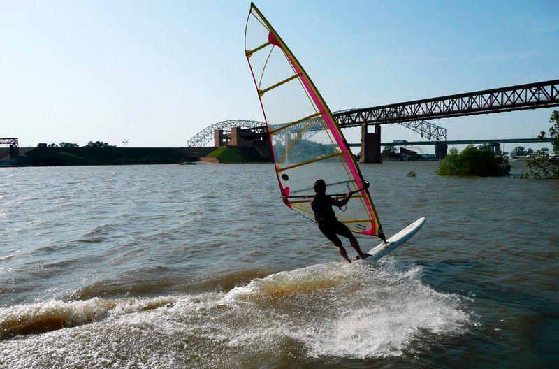 2919 Река Миссисипи вышла из берегов